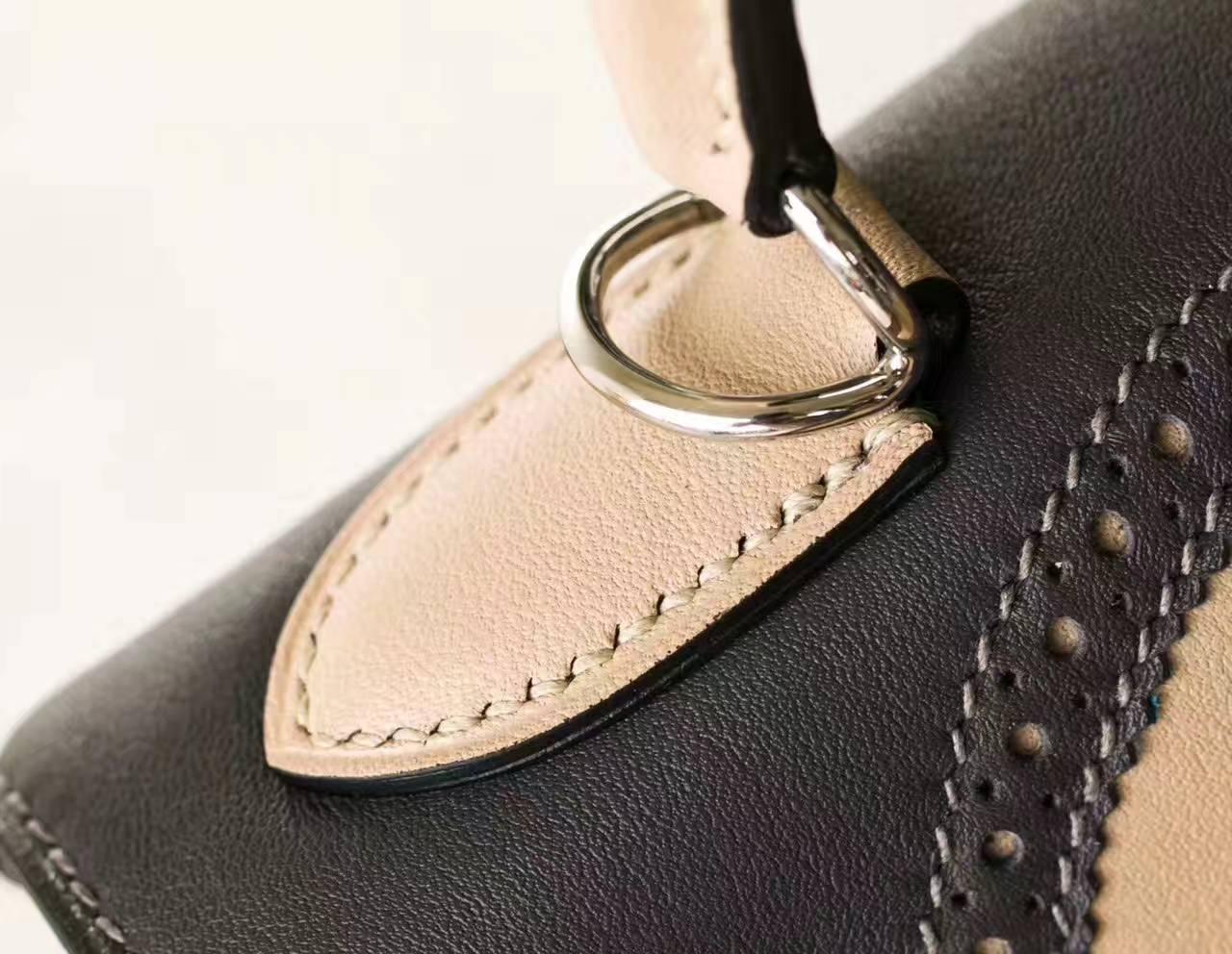 爱马仕Kelly女包 原厂Swift牛皮蕾丝凯莉包28cm 锡器灰拼斑鸠灰