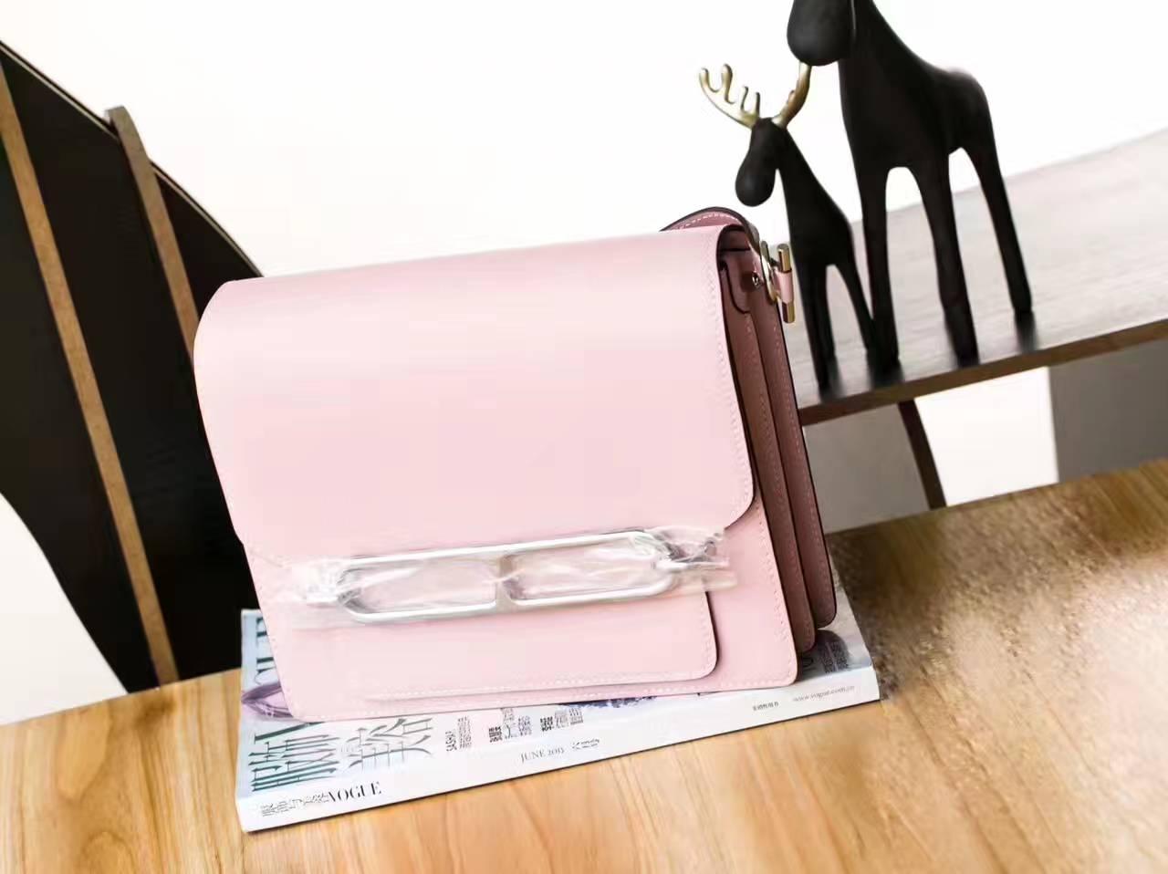 Hermes新款女包 爱马仕3Q水粉色原厂Swift皮Roulis猪鼻子包23cm