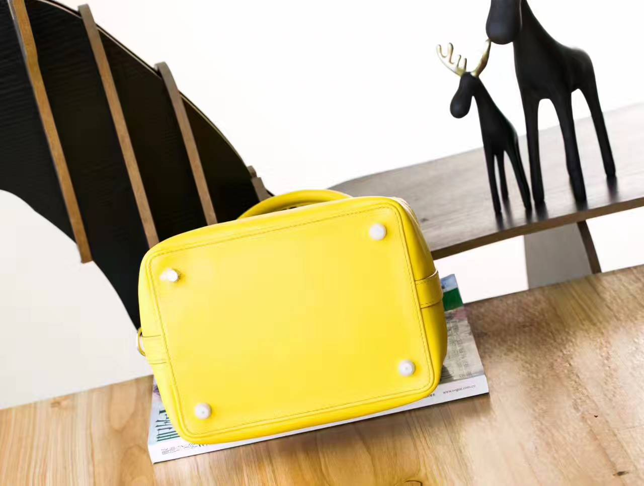 Hermes包包官网 爱马仕C9鹅蛋黄原厂swift牛皮Toolbox牛奶包20cm
