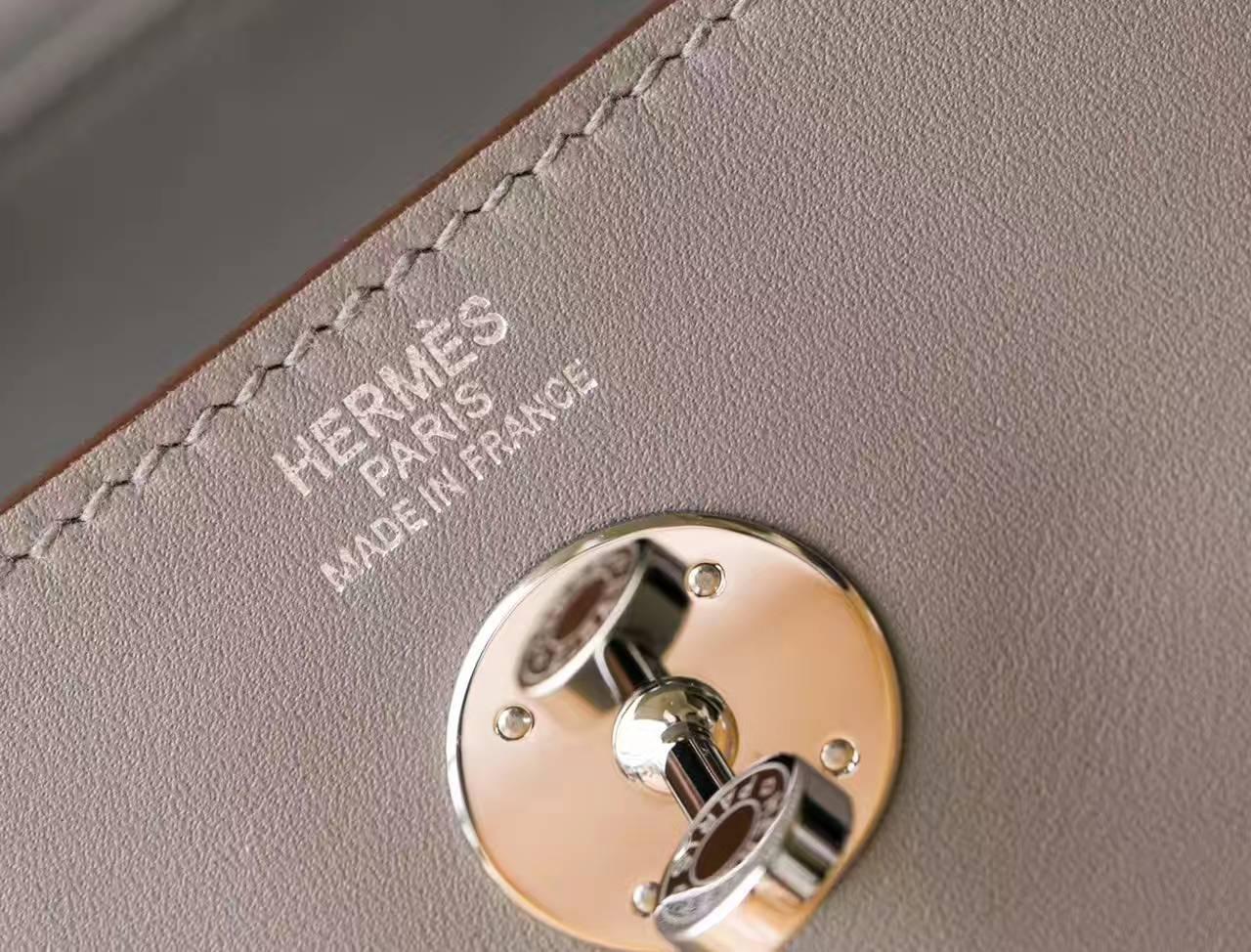 爱马仕Lindy女包 Hermes 4Z海鸥灰原厂swift牛皮琳迪包26cm 银扣