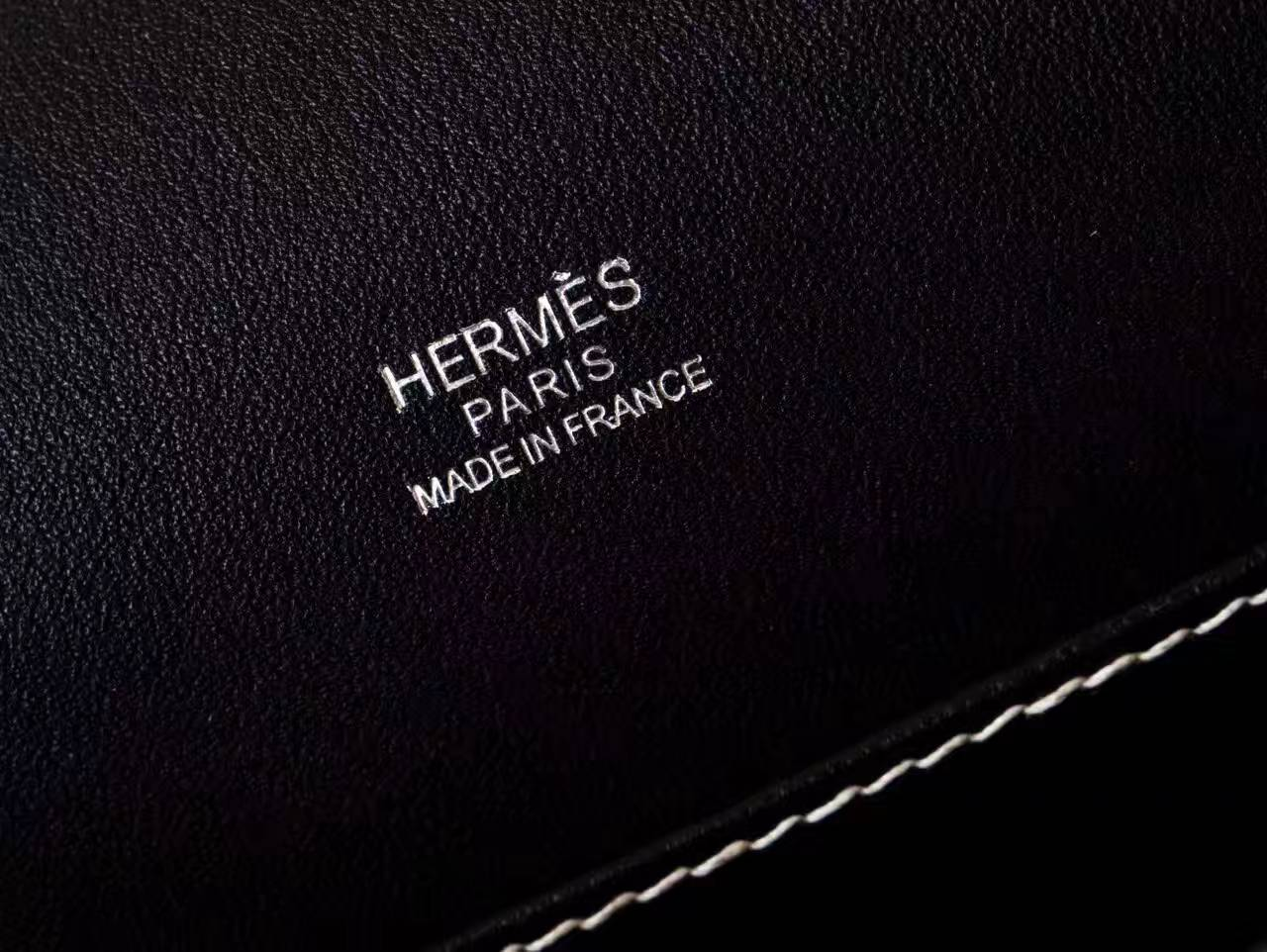 Hermes爱马仕包包官网 黑色原厂Swift牛皮Roulis猪鼻子包23cm