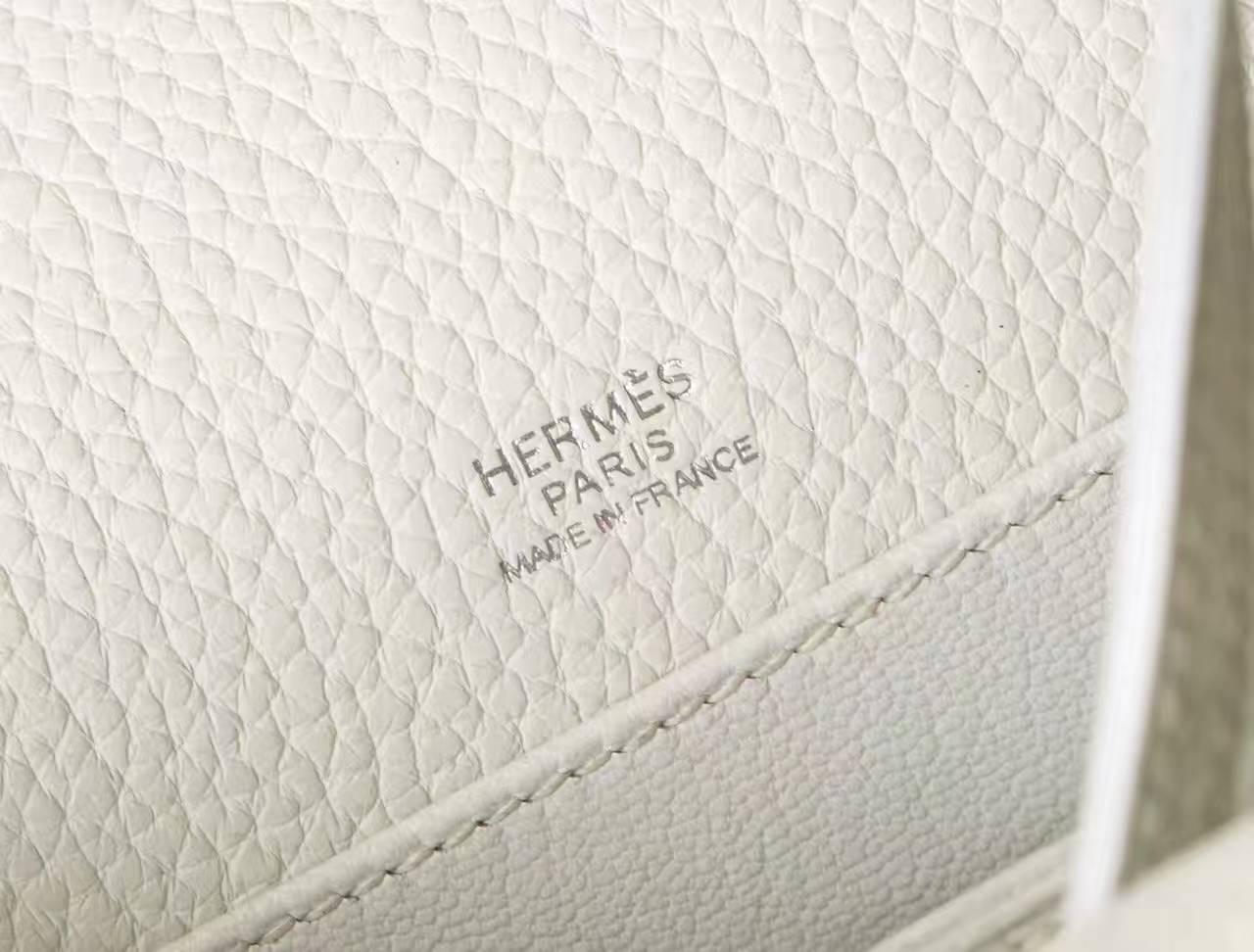 爱马仕包包官网 Hermes Roulis 19cm 白色原厂TC牛皮猪鼻子包