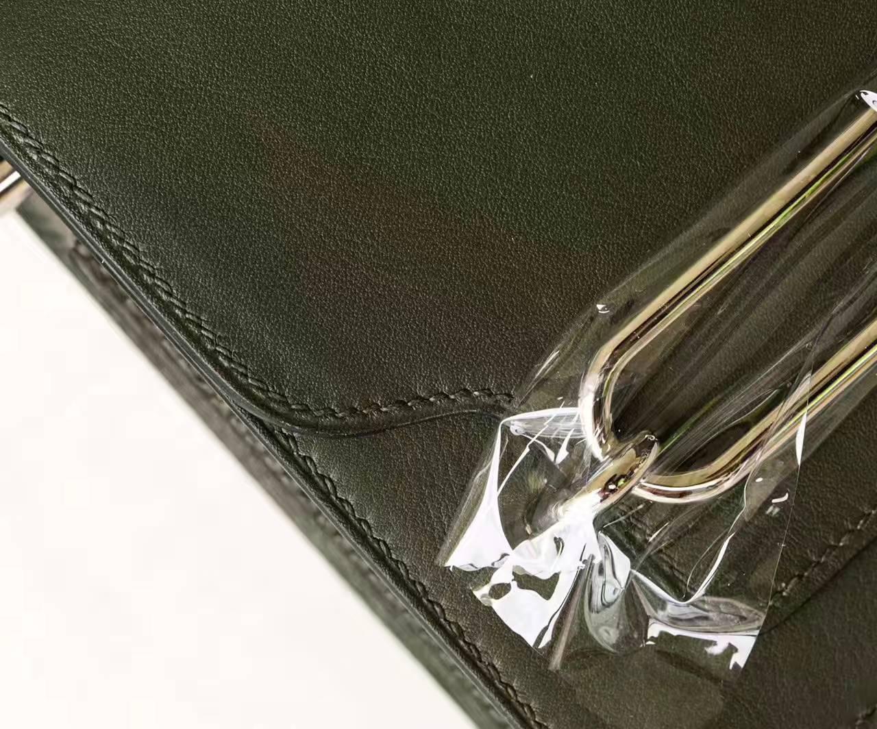 爱马仕女包价格 Hermes英国绿原厂Swift牛皮猪鼻子包Roulis 19cm