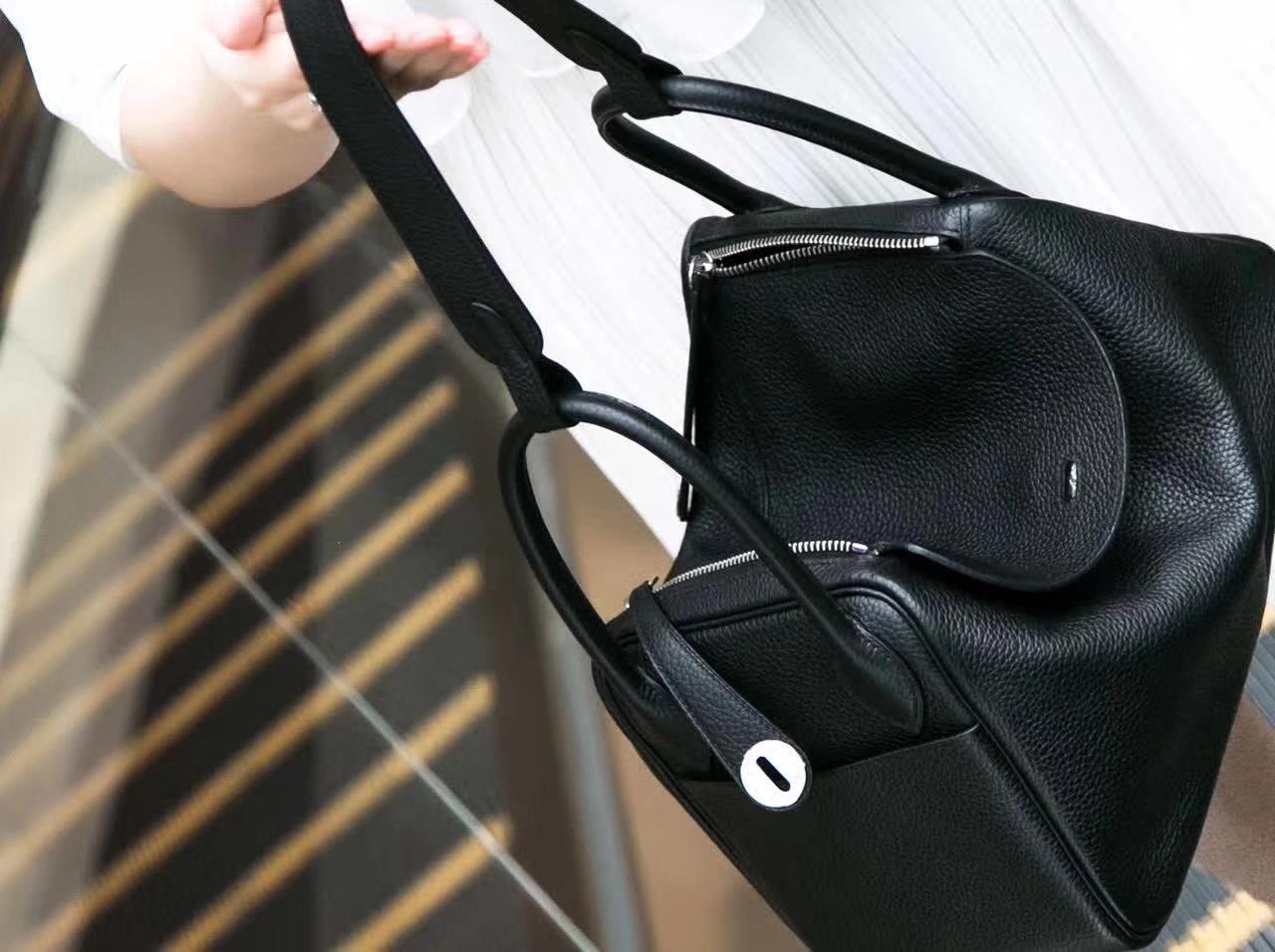 Hermes爱马仕琳迪包尺寸 黑色顶级TC牛皮Lindy包包30cm 银扣