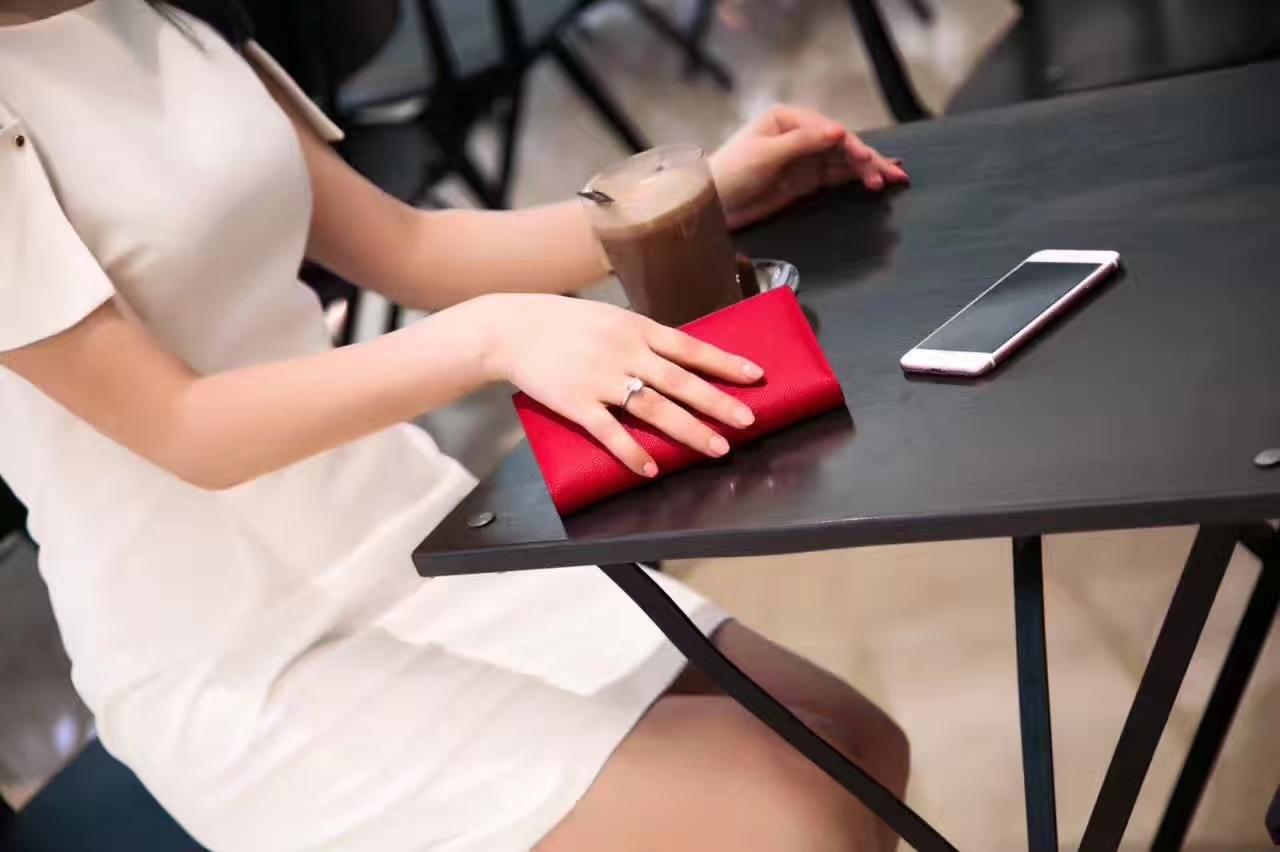 爱马仕钱夹价格 Hermes国旗红原厂epsom牛皮H扣长款钱包西装夹