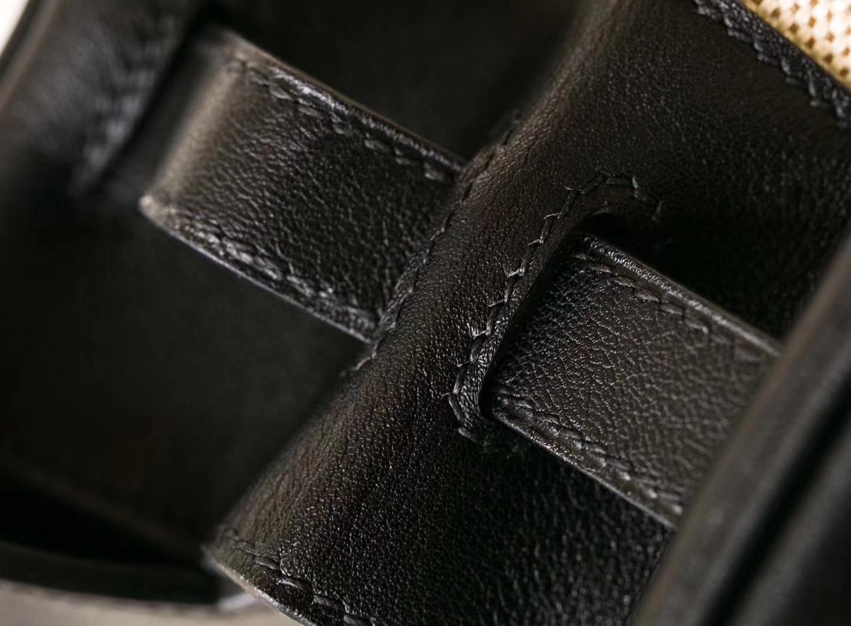 Hermes包包官网 爱马仕黑色Swift皮拼奶昔白帆布Birkin30铂金包 金扣