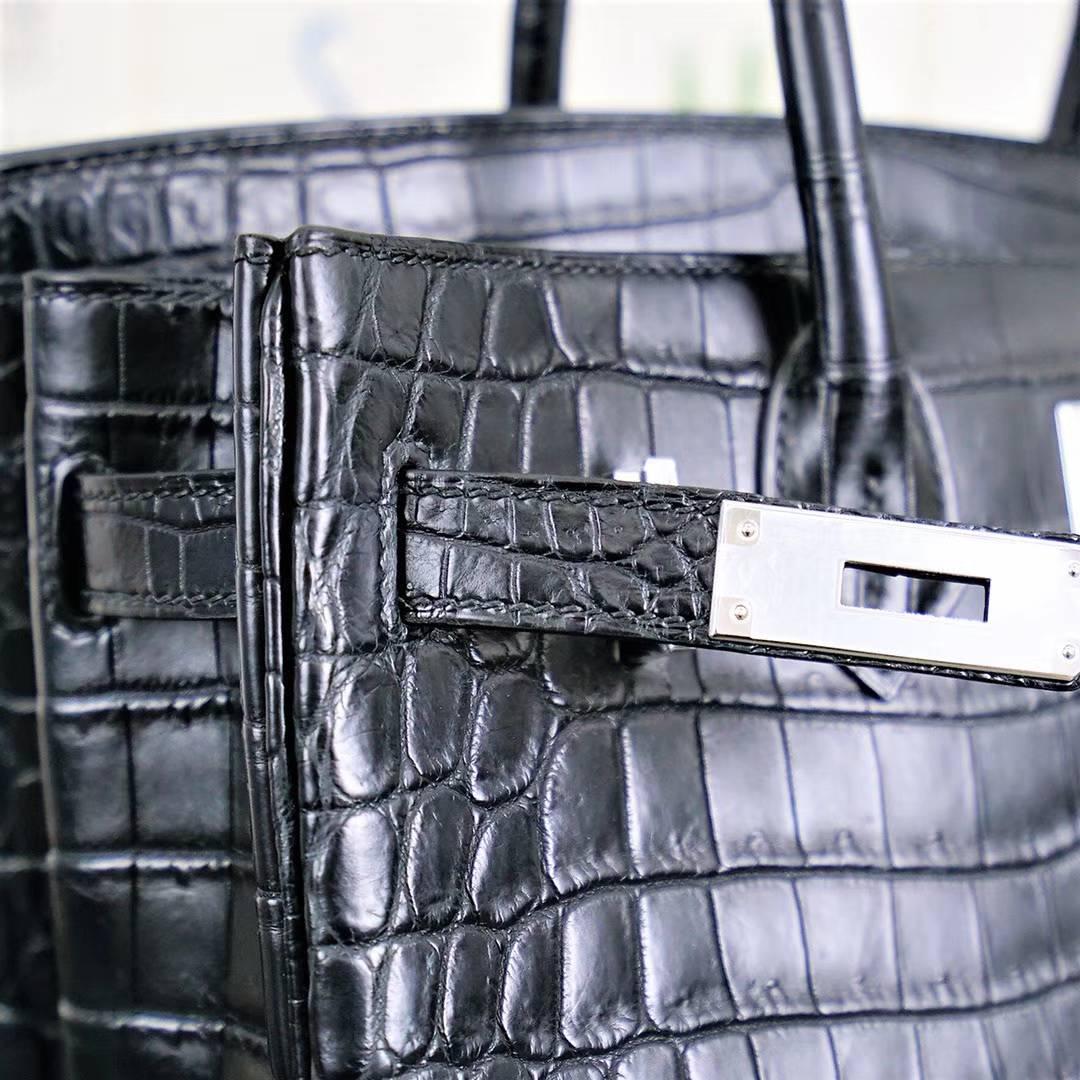 爱马仕铂金包尺寸 Hermes Birkin30CM 黑色雾面鳄鱼皮 银扣