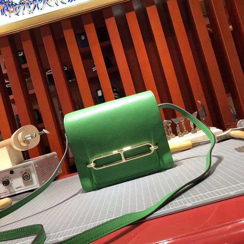 Hermes女包价格 爱马仕顶级Evercolor牛皮猪鼻子包Roulis19CM 竹子绿