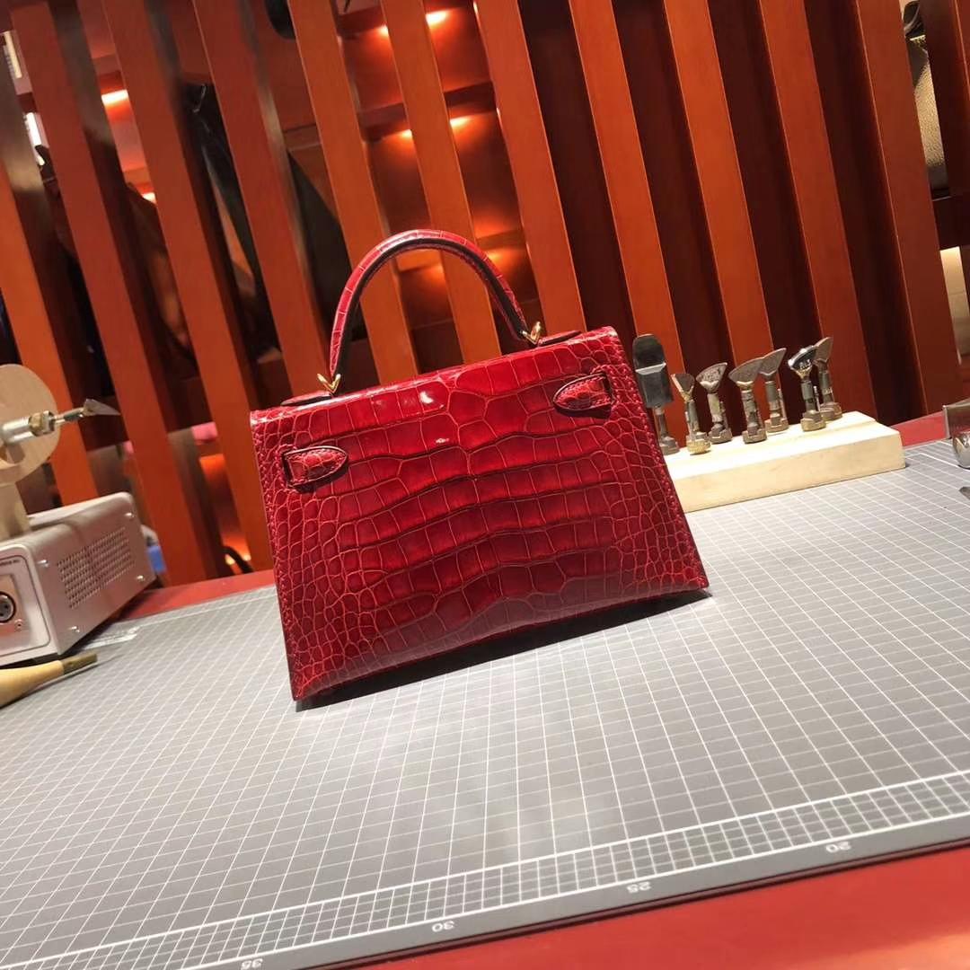 Hermes Minikelly2代 爱马仕Q5中国红美洲鳄鱼皮迷你凯莉包晚宴包 金扣