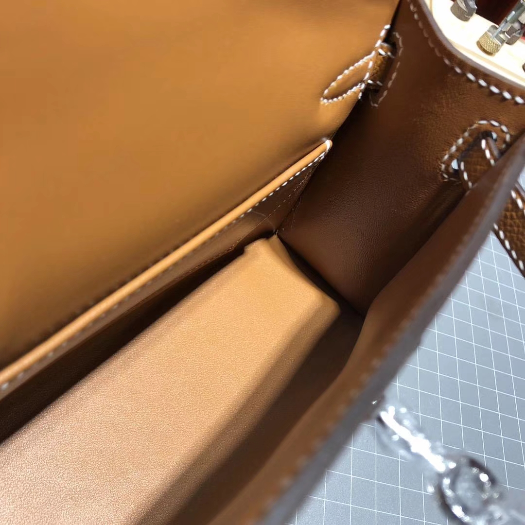 爱马仕包包价格 Hermes Minikelly2代 37金棕色原厂Epsom牛皮迷你凯莉包 银扣