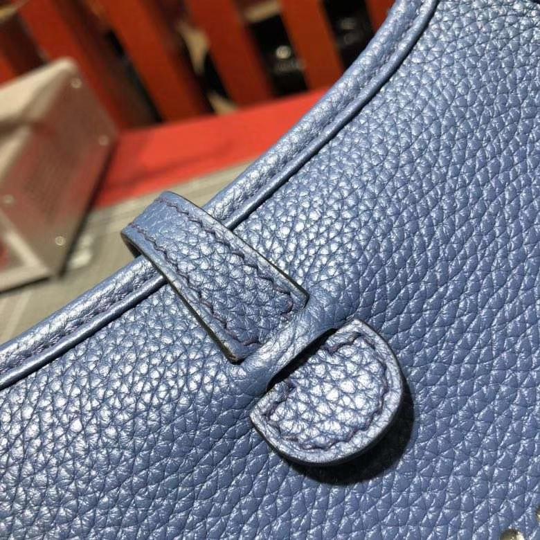 爱马仕伊芙林包 Hermes Evelyne16CM R2 玛瑙蓝原厂Clemence牛皮 银扣