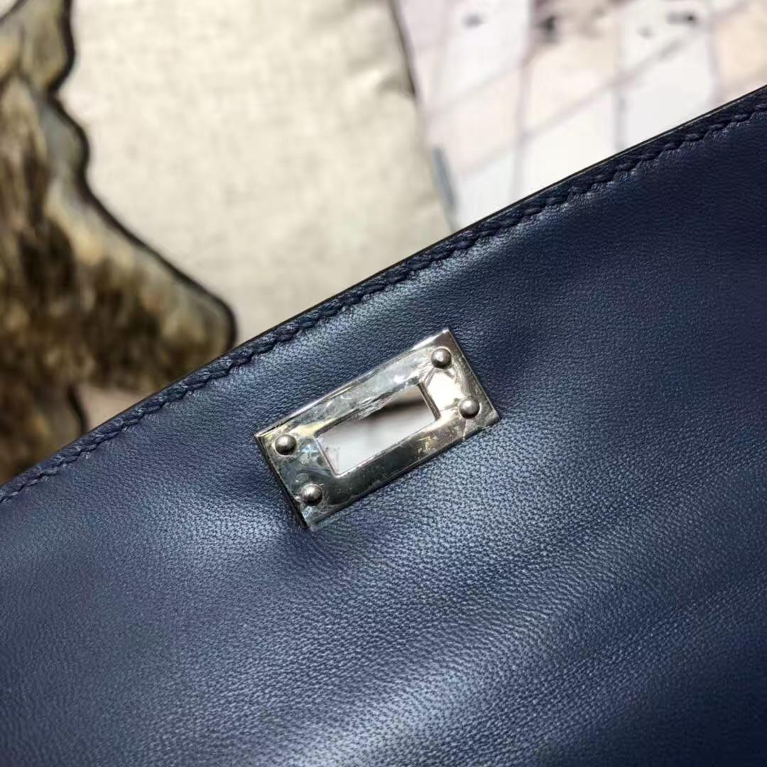 爱马仕迷你凯莉包2代 Hermes宝石蓝掌纹牛皮Minikelly手拿包 银扣