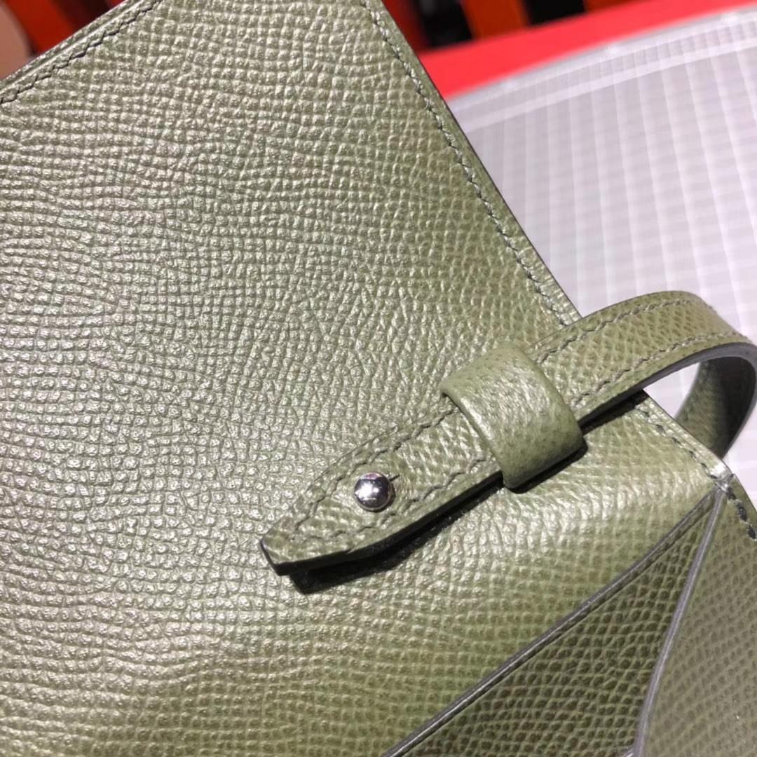 Hermes新款女包 爱马仕进口Epsom牛皮Clic16CM斜挎包单肩包 银扣