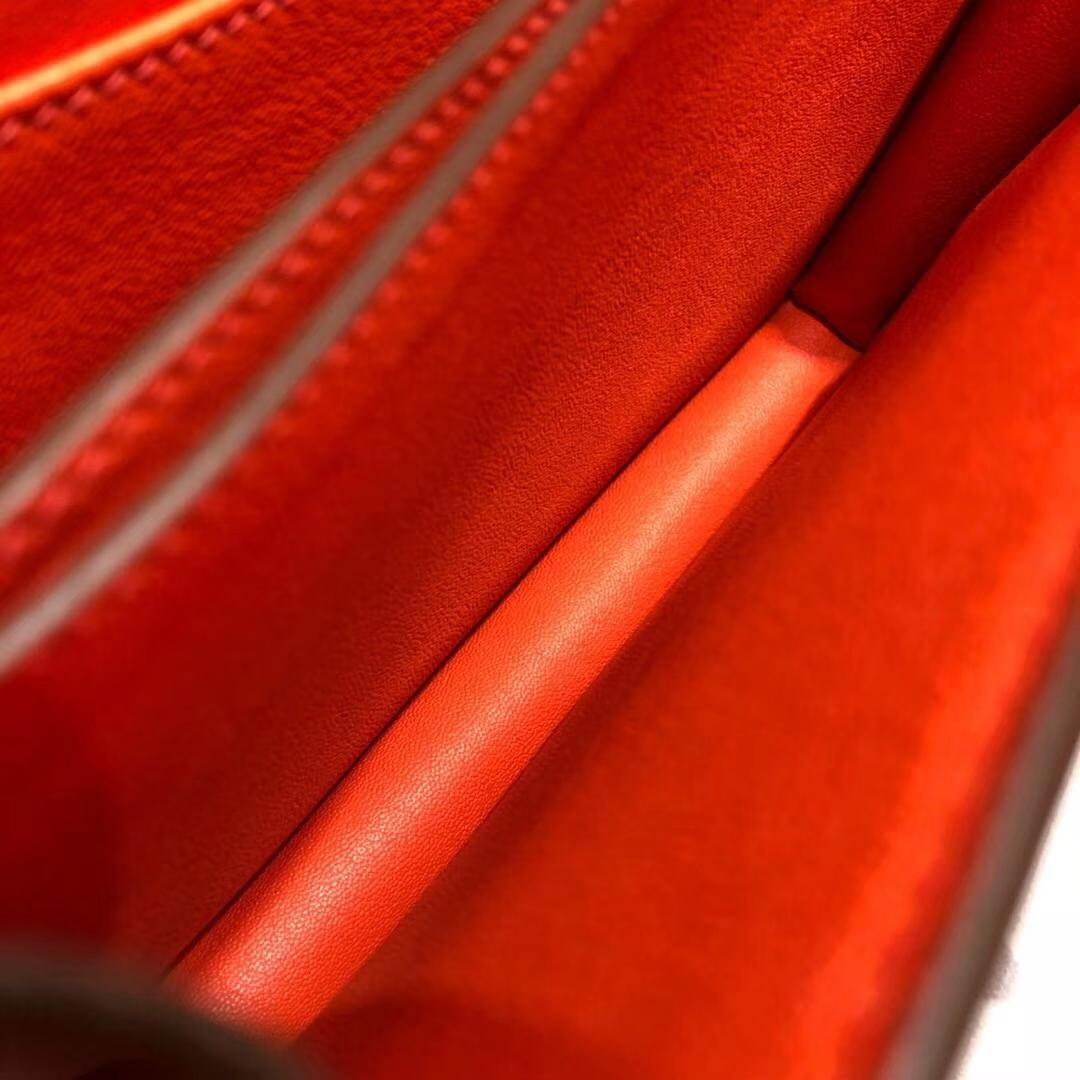 爱马仕猪鼻子包 Hermes Roulis24CM 火焰橙原厂Swift牛皮 金扣