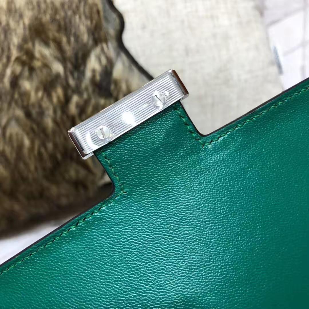 爱马仕包包官网 Hermes孔雀绿原厂掌纹牛皮空姐包Constance19CM 银扣