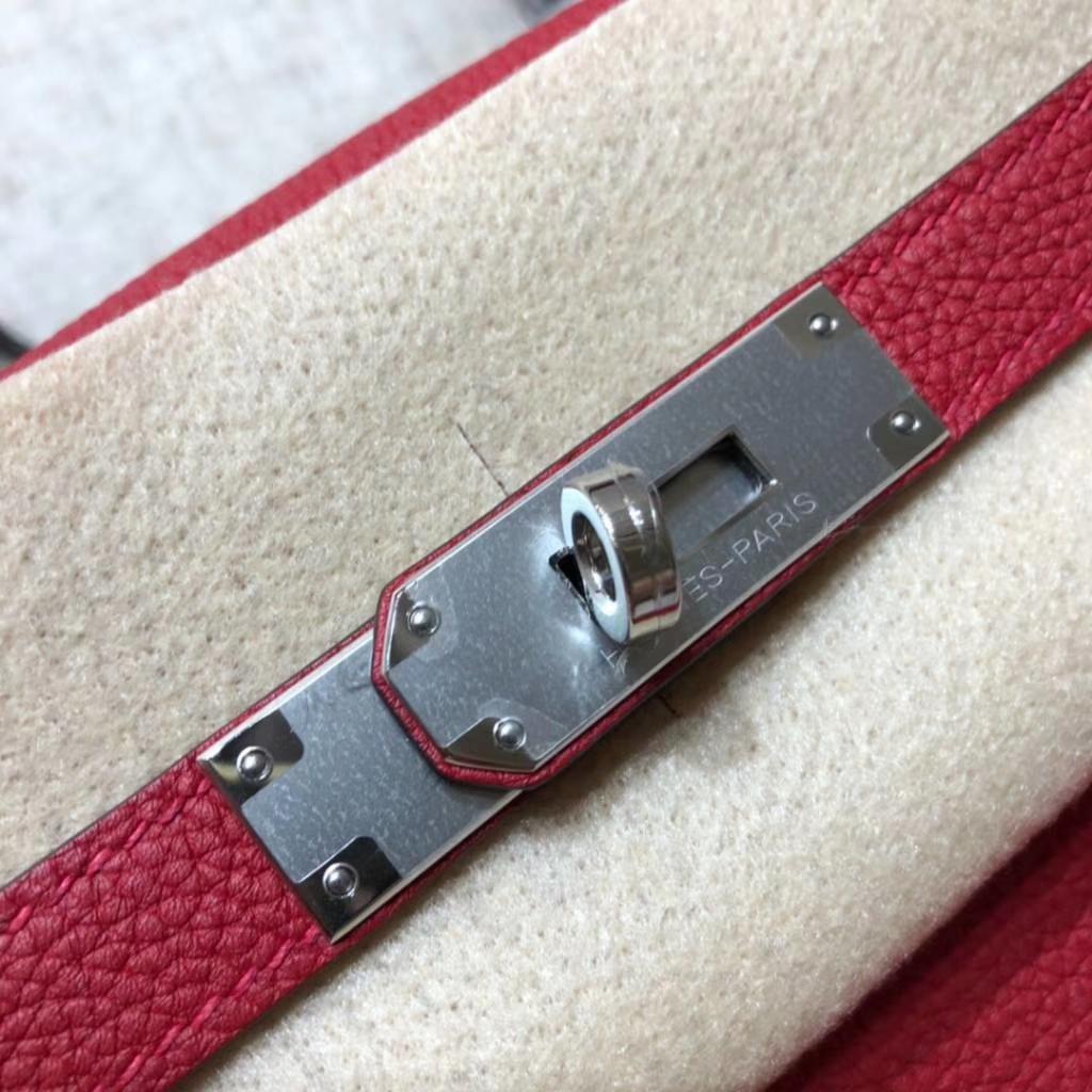 爱马仕凯莉包价格 Hermes Kelly28CM 原厂Togo小牛皮 Q5中国红 银扣