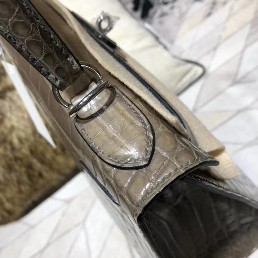 Hermes Kelly28CM 爱马仕大象灰亮光尼罗鳄鱼皮凯莉包外缝 银扣