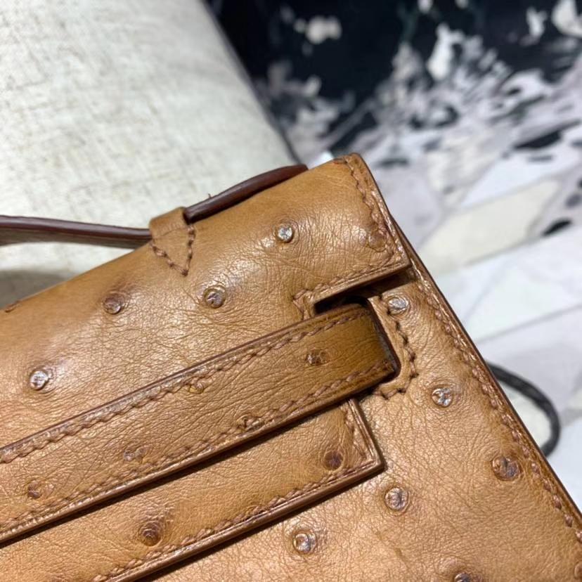 Hermes包包官网 爱马仕CK37土黄色Minikelly22CM迷你凯莉包南非鸵鸟皮 金扣