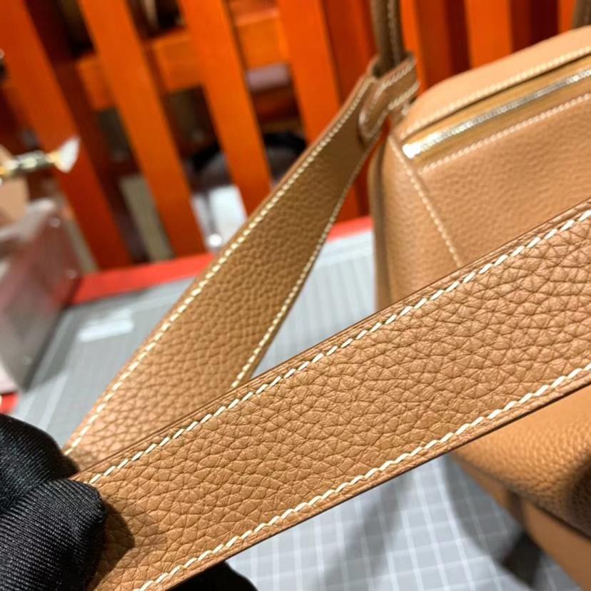 厂家直销 Hermes爱马仕土黄色原厂Togo牛皮琳迪包Lindy26CM 银扣