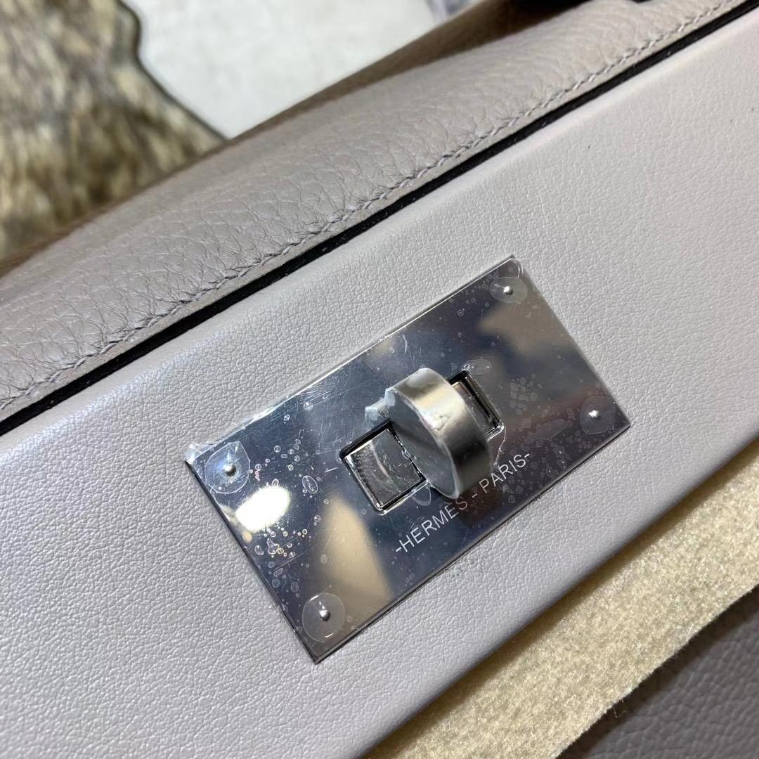 爱马仕包包价格 Hermes Kelly24-24 灰色顶级Togo牛皮新款凯莉包 银扣