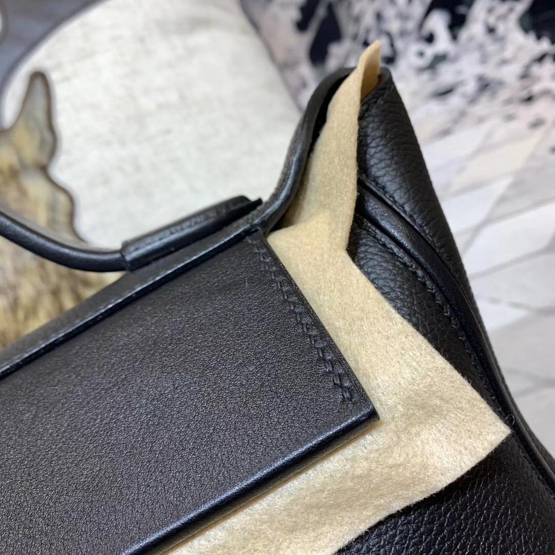 Hermes包包官网 爱马仕黑色进口Togo牛皮新款凯莉包Kelly24-24 银扣