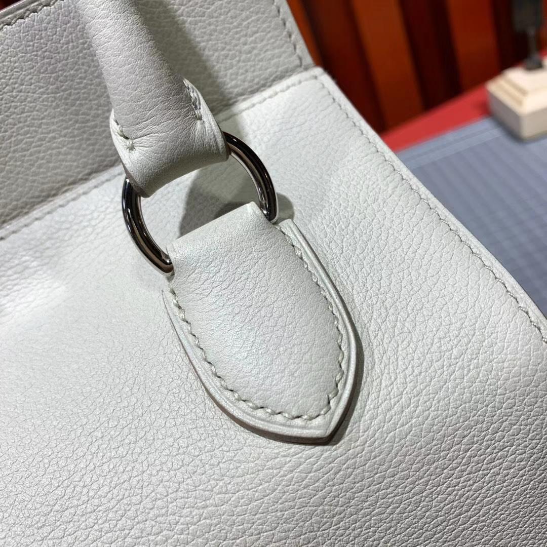 爱马仕包包价格 Hermes Toolbox20CM 80珍珠灰Evercolor牛皮手提女包 银扣