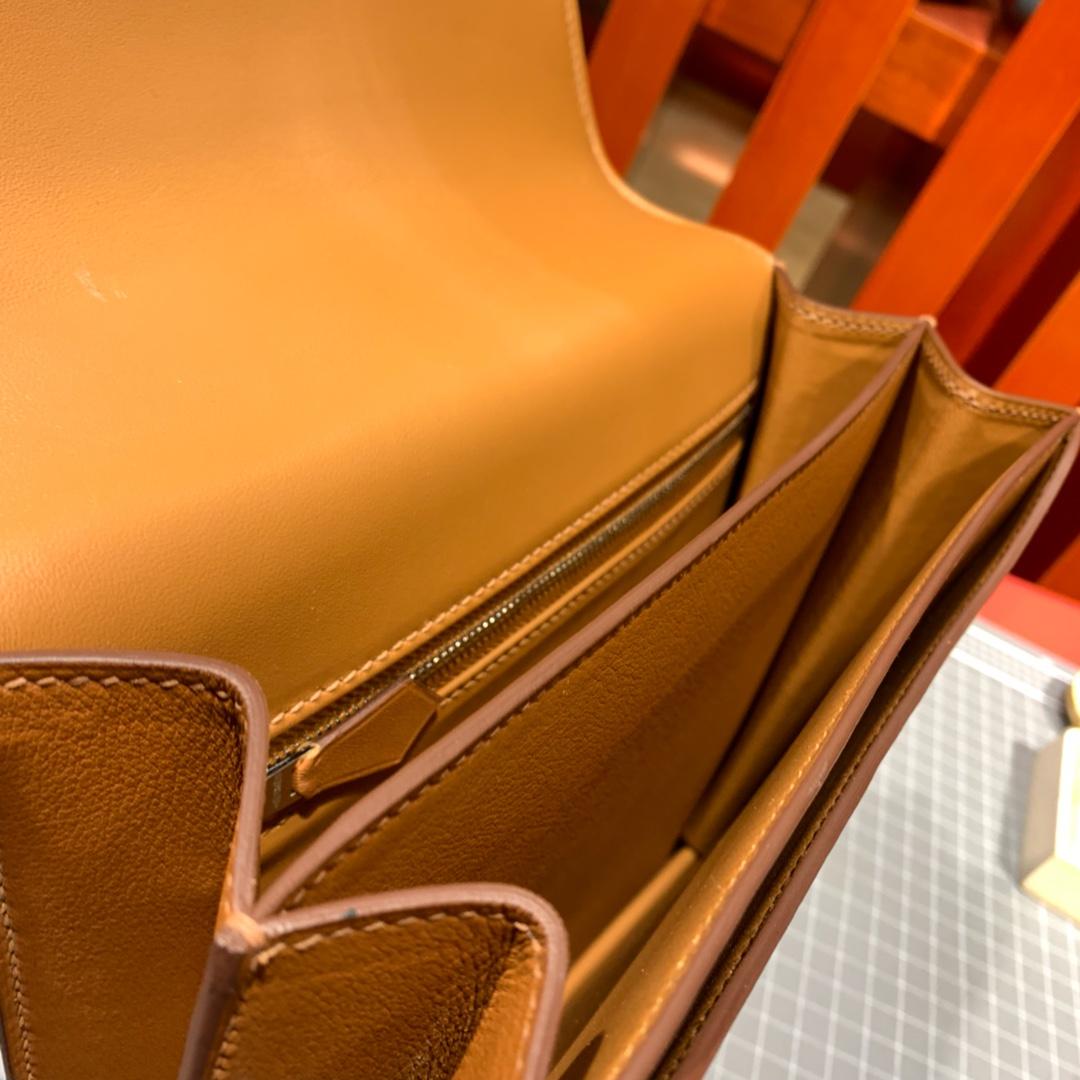 爱马仕新款康斯坦包 Constance2002-20CM 金棕色evecolour牛皮 银扣