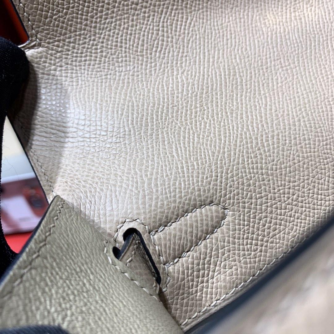 Hermes包包价格 爱马仕风衣灰顶级掌纹牛皮Kelly25CM凯莉包 金扣
