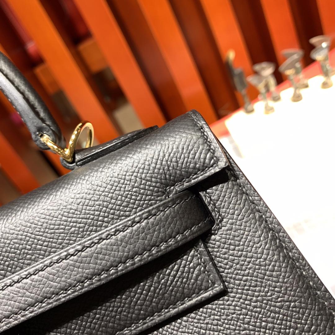 爱马仕凯莉包价格 Hermes Kelly25CM 黑色顶级十字纹牛皮 金扣