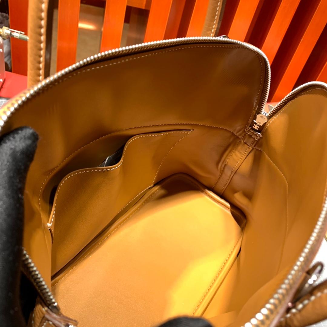 爱马仕牛皮女包 Hermes土黄色进口Togo牛皮保龄球包Bolide31CM 银扣