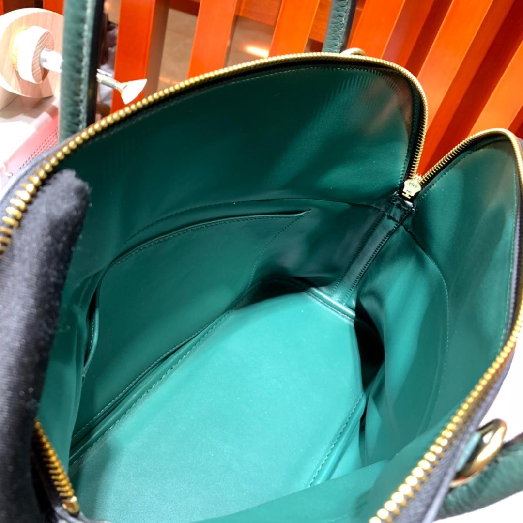 爱马仕拼色女包 Hermes Bolide31CM 黑色拼英国绿荔枝纹牛皮保龄球包