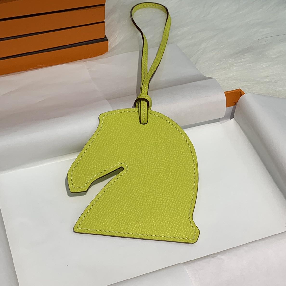 现货Hermes包包挂件 爱马仕原厂掌纹牛皮纯手工缝制马头挂件挂饰 多色