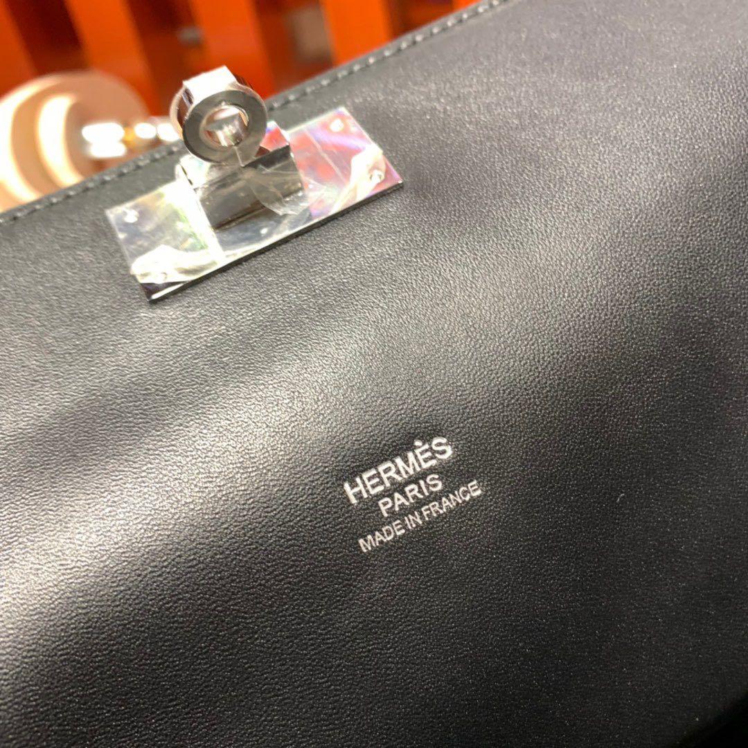 现货 Hermes Toolbox20CM 爱马仕黑色Swift皮Toolbox牛奶包 银扣