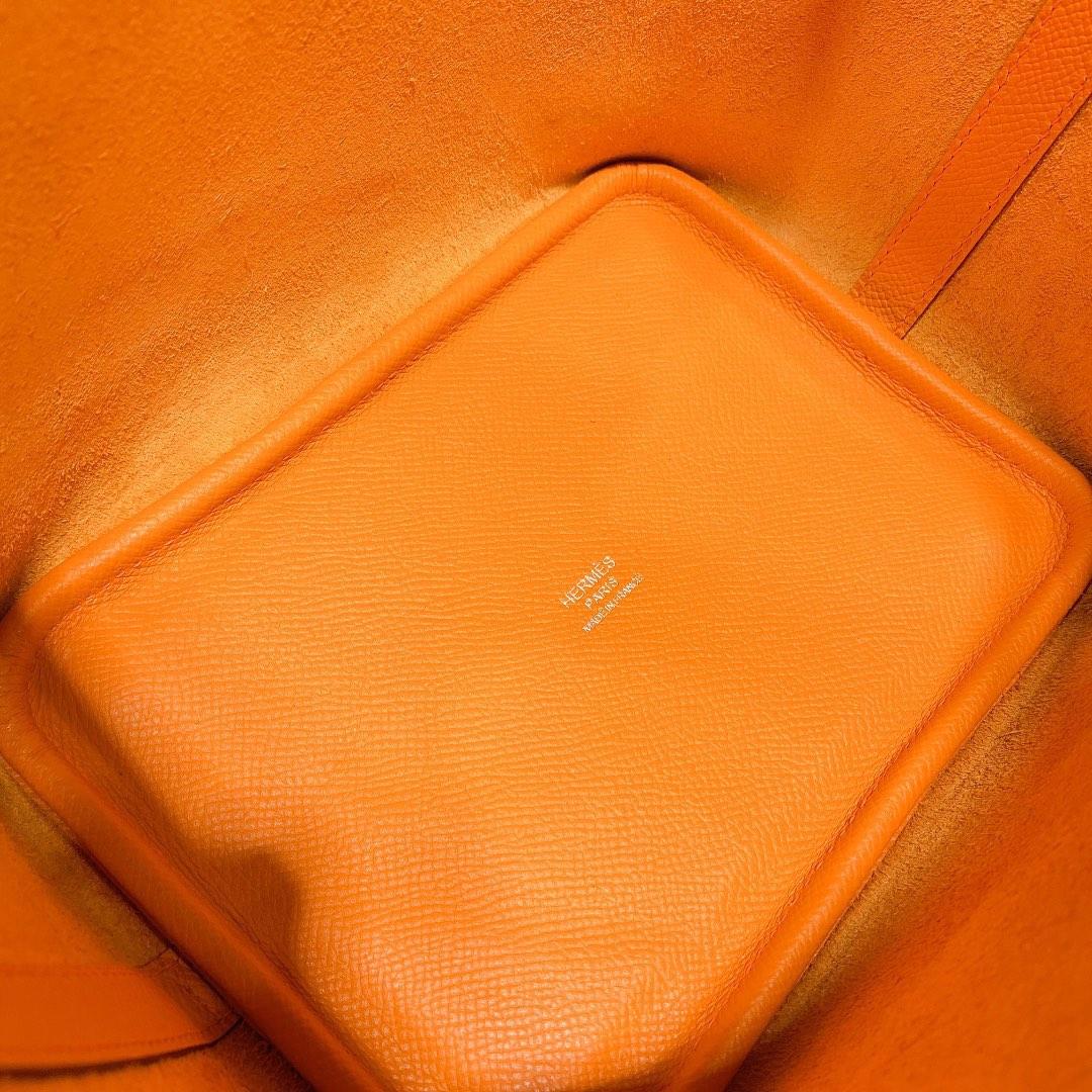 Hermes爱马仕杏黄色十字纹牛皮菜篮子包水桶包Picotin18CM 编织手柄