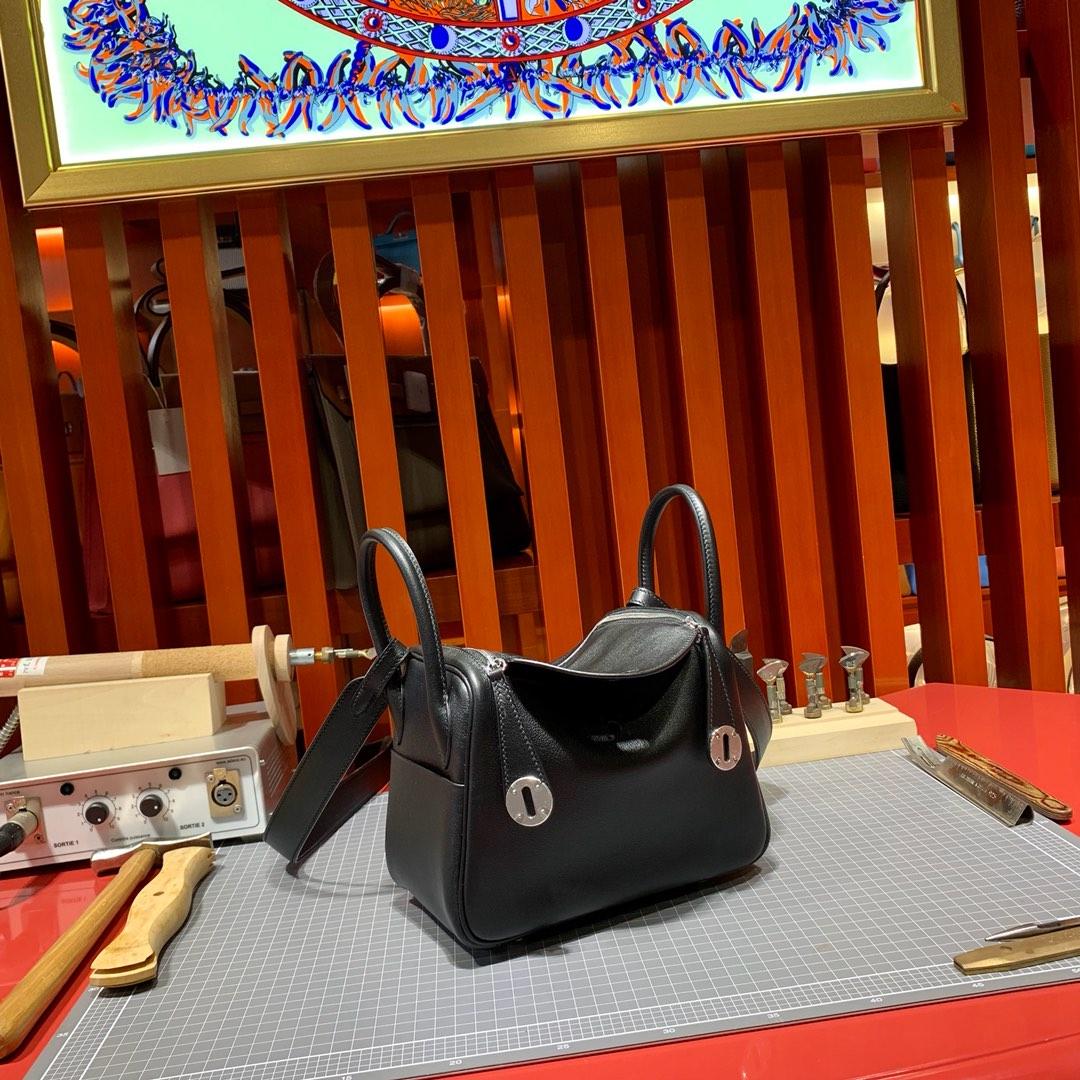 爱马仕Mini Lindy包包20cm Hermes原厂Swift牛皮迷你琳迪包 89黑色 金银扣
