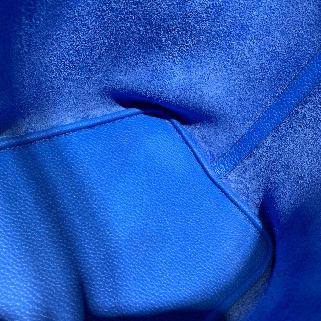 Hermes水桶包尺寸 爱马仕进口荔枝纹牛皮菜篮子包Picotin22CM 希腊蓝 银扣