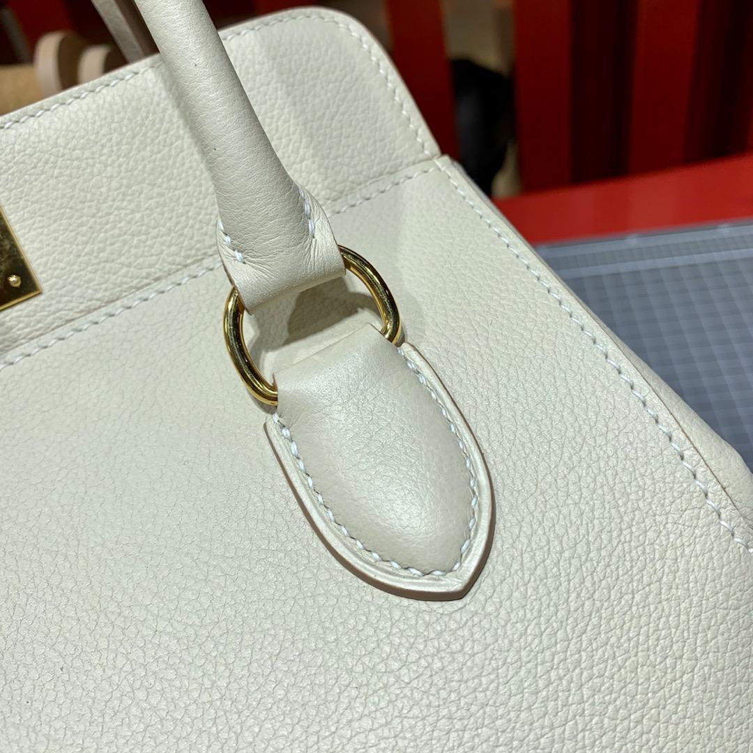 Hermes包包货源 爱马仕evercolor皮Toolbox20cm牛奶盒子包 奶昔白