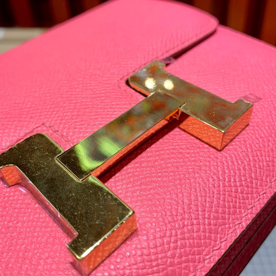 Hermes包包批发 爱马仕唇膏粉原厂Epsom牛皮康斯坦包19CM 金扣