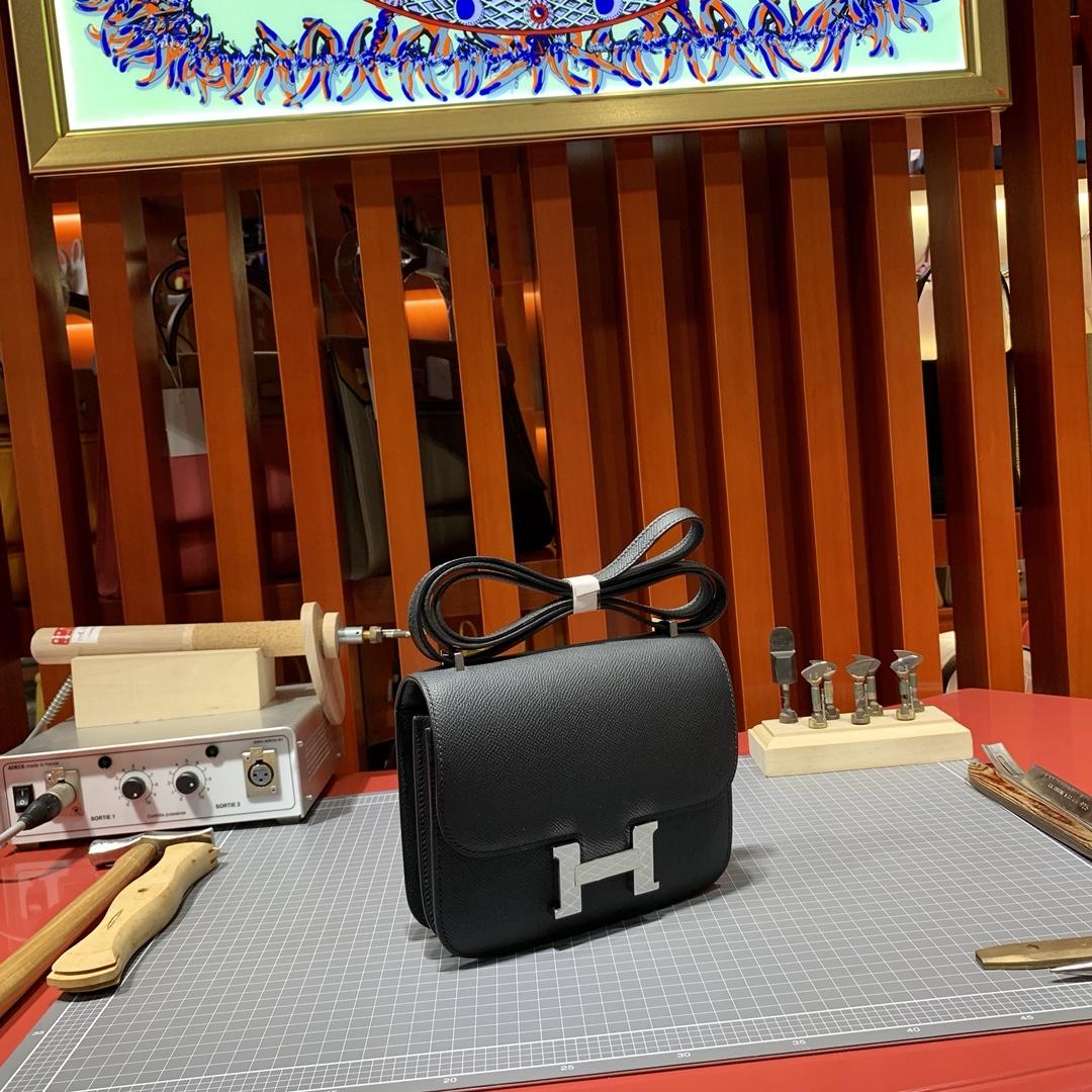 Hermes经典包包 爱马仕进口Epsom牛皮康斯坦包Constance18CM 黑色