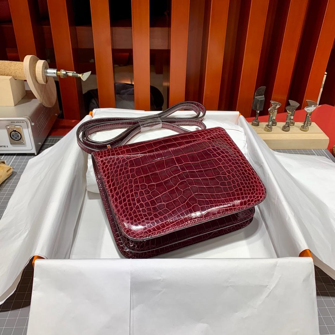 现货 爱马仕Constance包包19CM Hermes酒红色美洲鳄鱼皮空姐包 银扣