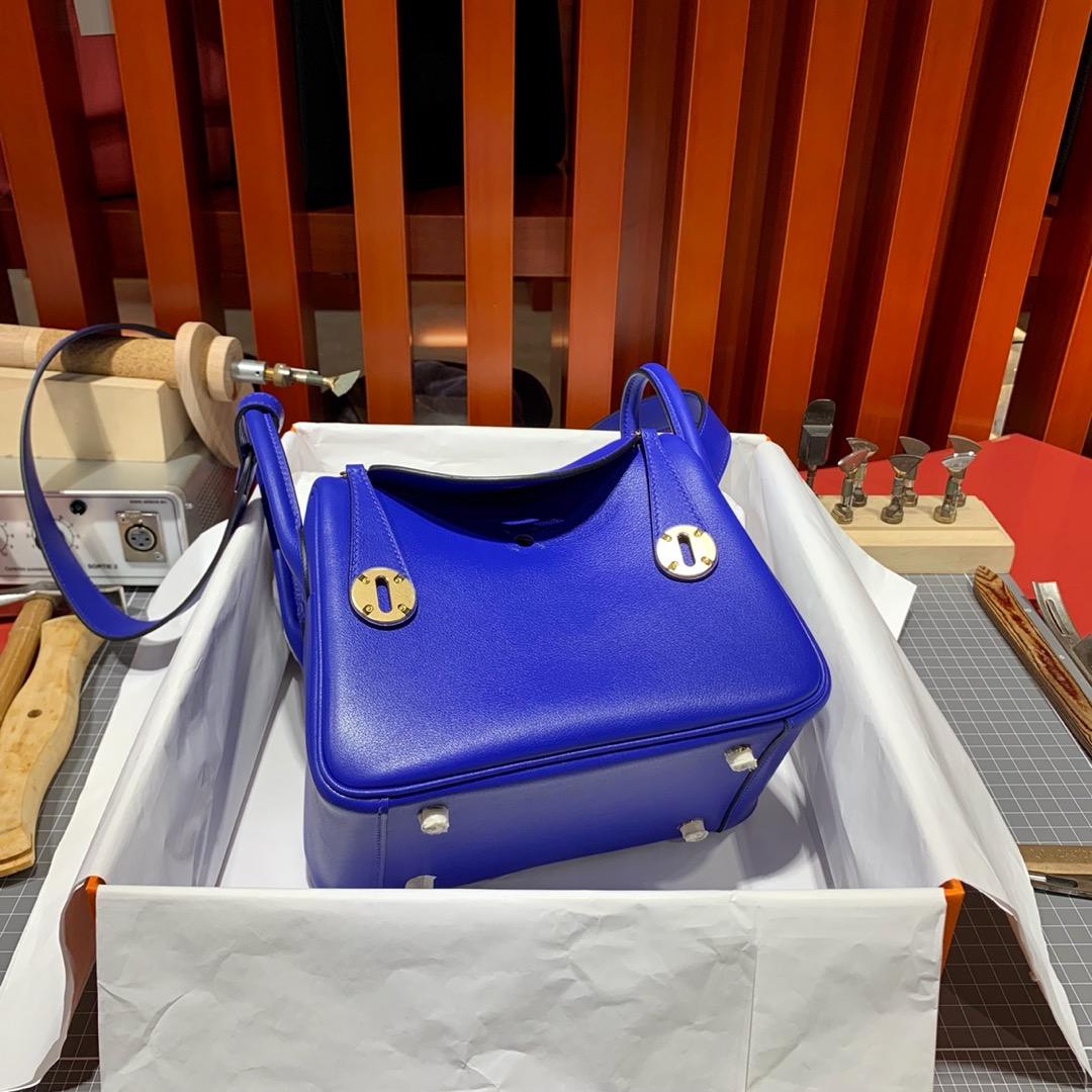 爱马仕Mini Lindy20CM Hermes琉璃蓝原厂Swift皮迷你琳迪包 金银扣