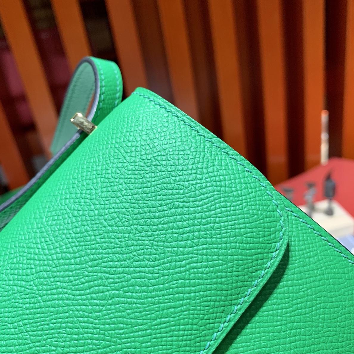 爱马仕康斯坦包迷你款 Hermes竹子绿Epsom皮Mini Constance14CM 金扣