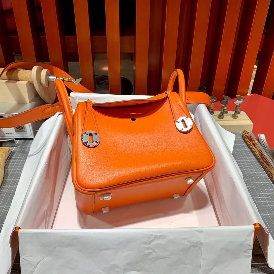 Hermes Mini Lindy20CM 爱马仕原厂Swift皮迷你琳迪包 橙色 金银扣