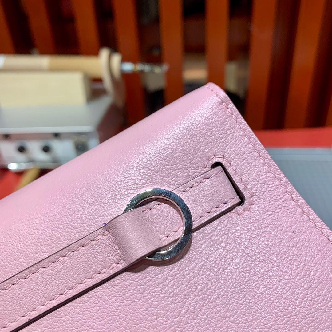 Hermes女包批发 爱马仕3Q粉色顶级Swift牛皮Kelly Danse斜挎小包 银扣