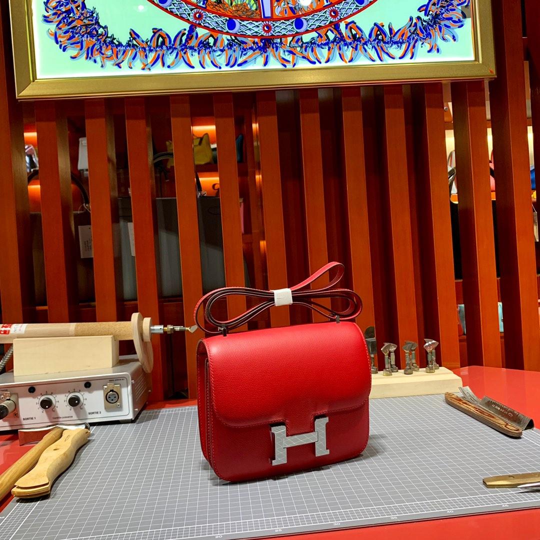 Hermes包包批发 爱马仕中国红原厂Epsom牛皮康斯坦包Constance19CM