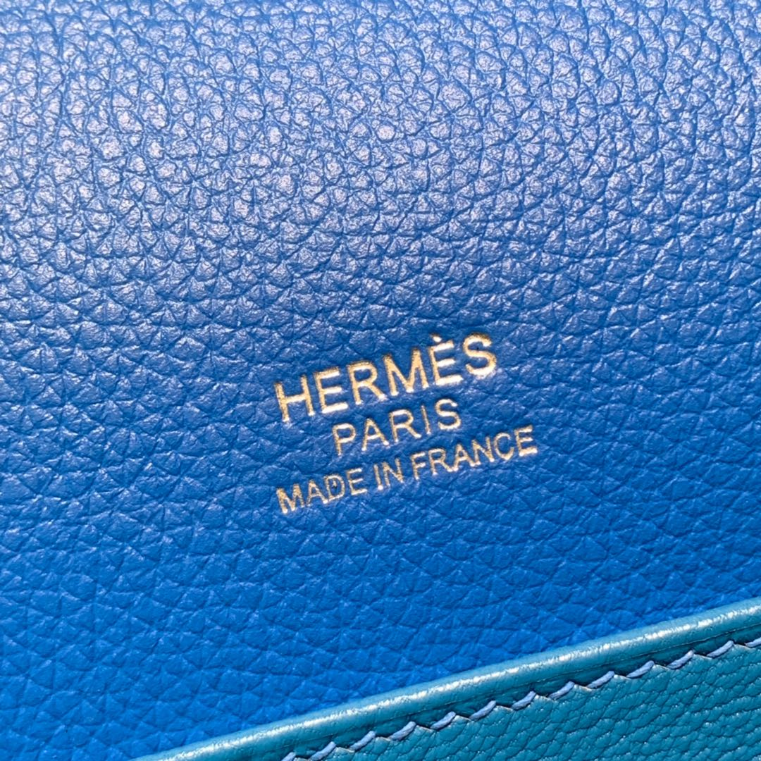 Hermes女包批发 爱马仕坦桑尼亚蓝Evercolor皮猪鼻子包Roulis24CM 金银扣