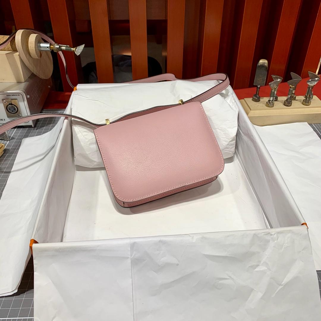 爱马仕迷你空姐包 Hermes Mini Constance14CM 3Q粉色Swift牛皮 金扣