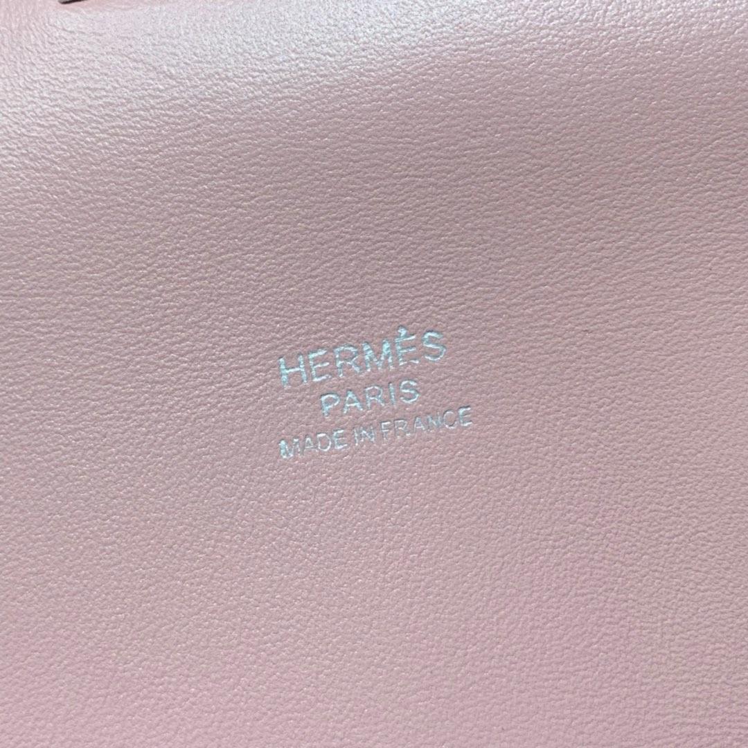 爱马仕牛奶包价格 Hermes Toolbox20cm 鱼头紫swift拼togo皮 银扣