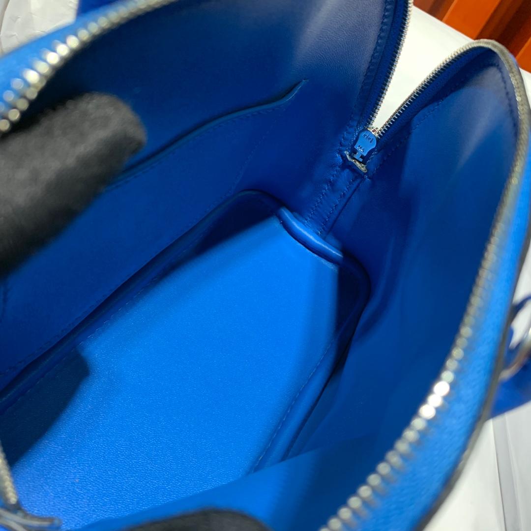 爱马仕Mini Bolide18CM Hermes希腊蓝法国Evercolor皮迷你保龄球包 银扣
