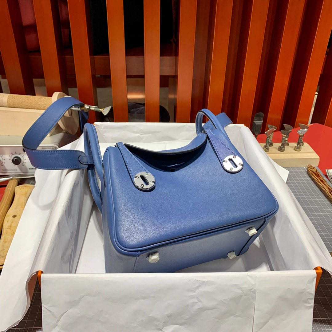 爱马仕迷你琳迪包 Hermes Mini Lindy20CM 玛瑙蓝原厂Swift皮 金银扣